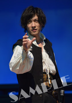 Hamlet_stage-blue